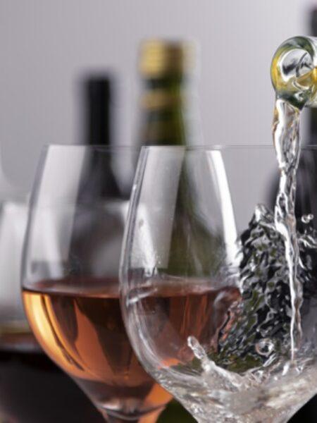 Pure wine in glass
